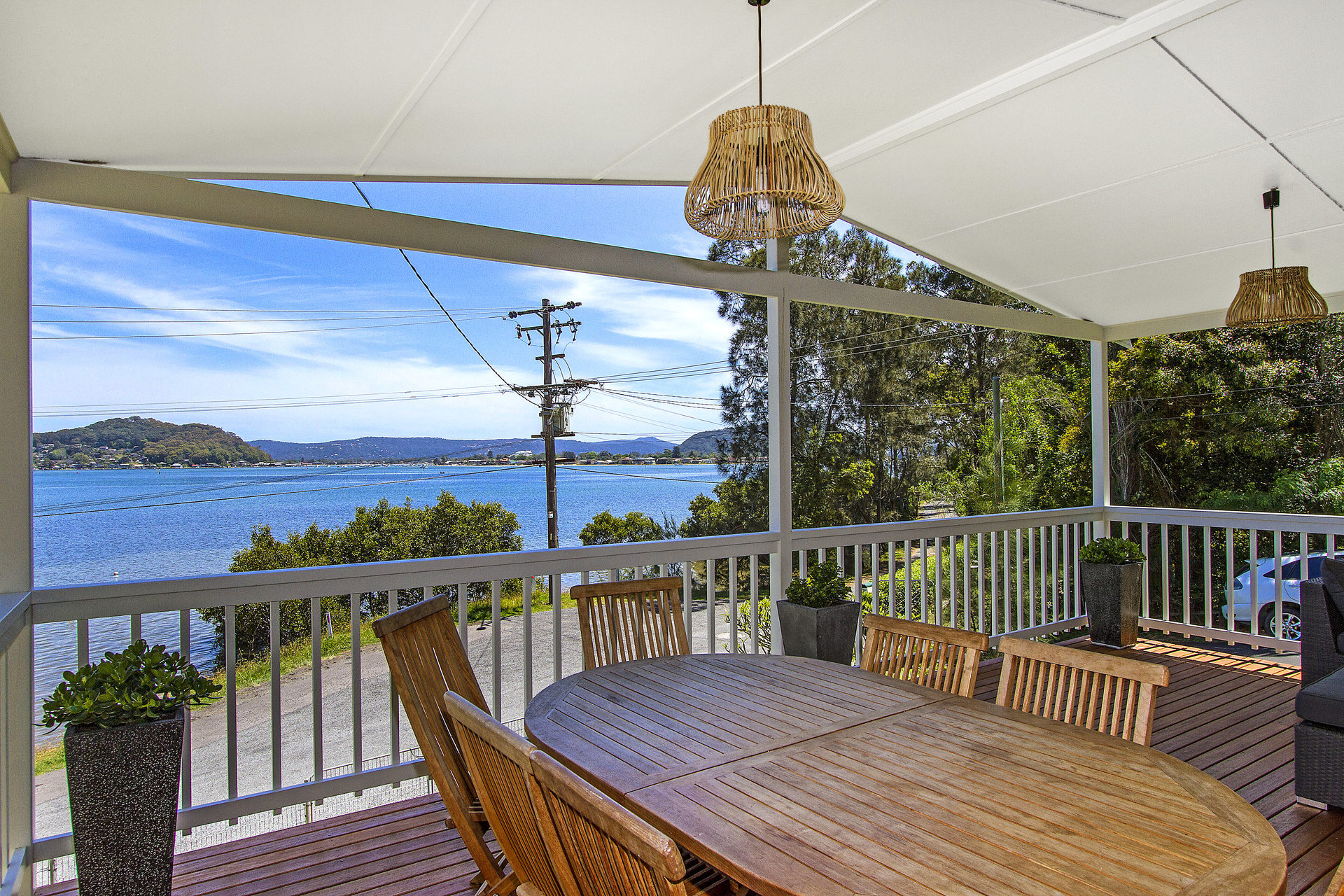 BEAUTY ON THE BAY IN HARDYS BAY - PET FRIENDLY