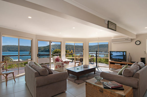 Great Hardys Bay views - AIR CONDITIONING & PET FRIENDLY